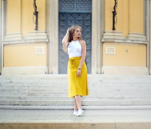 レディースのデートコーデを紹介!シンプルな大人ファッション5選!