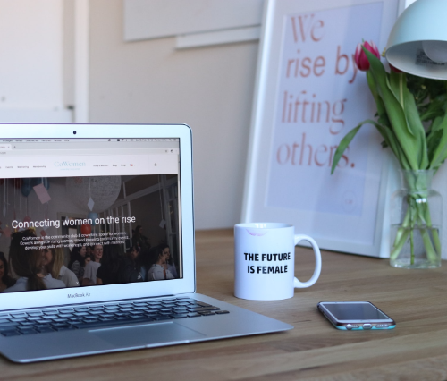 Webデザイナーは結婚を考えている女性におすすめ!仕事内容となり方を紹介