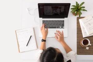 結婚前の転職におすすめの職種を紹介!将来のために働きやすい仕事に就こう!