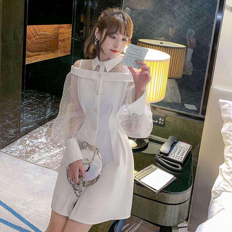 透け感のあるシースルー袖