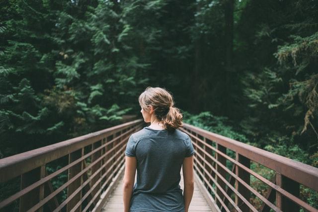 恋愛が長続きする女性との違い
