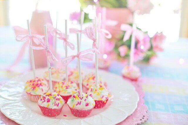 彼氏への家での誕生日サプライズの準備と注意すべきこと