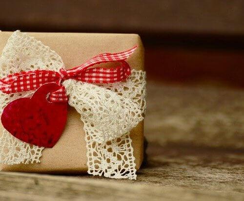 彼氏の誕生日には手作りのプレゼントを贈ろう!アイデアや注意点を紹介します!